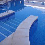 Borde-de-piscina-crema-5-150x150 Baldosa de piscina continuación de 50x100 crema granallado