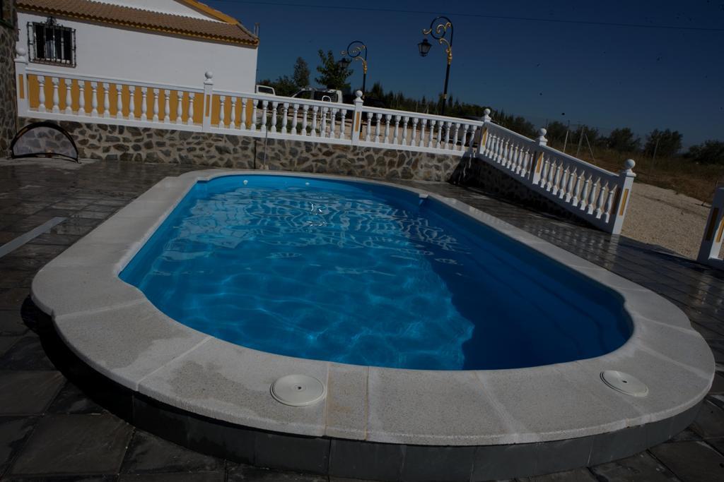 Plato de ducha para piscina 87 x 75 for Duchas para piscina