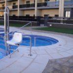 Borde-de-piscina-crema-14-150x150 Bordes de Piscina: Ejemplos