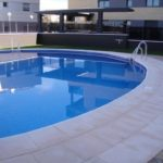 Borde-de-piscina-crema-8-150x150 Bordes de Piscina: Ejemplos