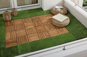 terraza pequeña tarima con cesped