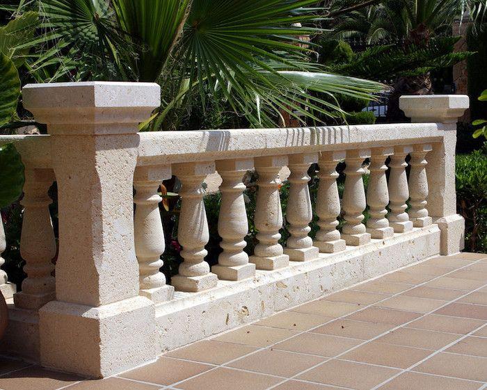 decoracion de jardines con balaustrada